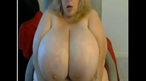 chubby wife riding