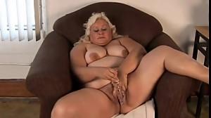 Fatty masturbating on webcam